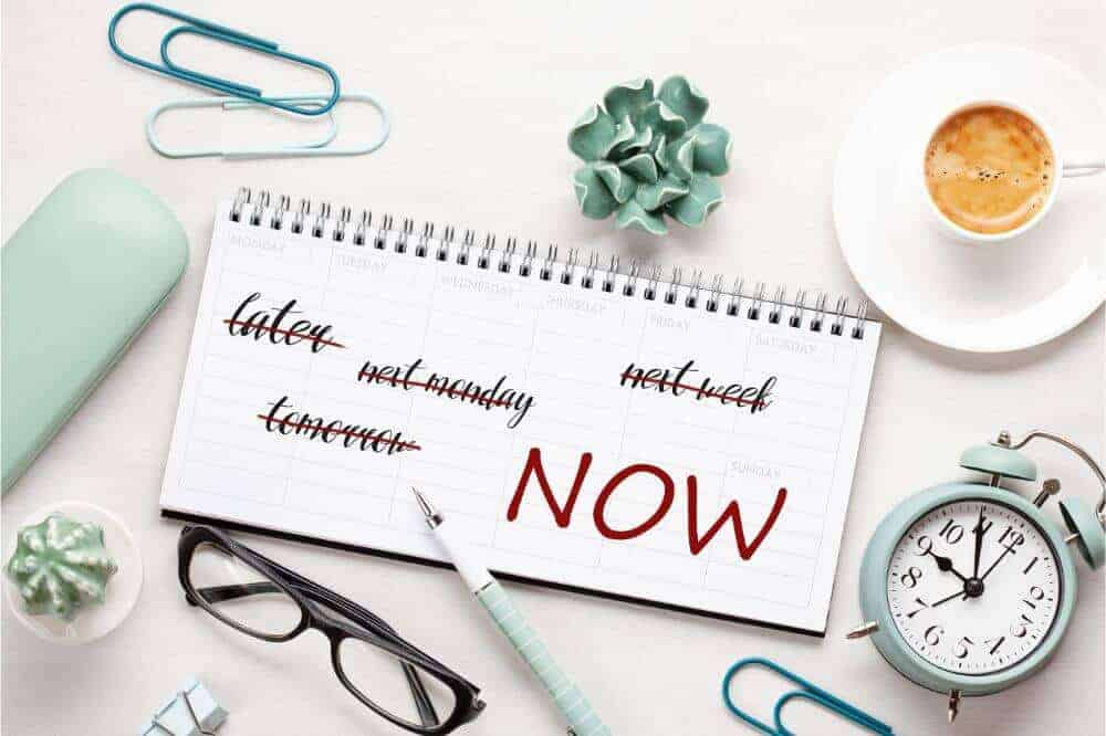 How to Beat Procrastination and Start Your Online Business