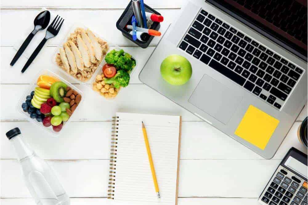 15 Simple Lunch Ideas to Make While Working from Home